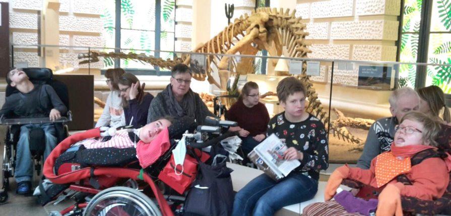 Behinderte Kinder und Jugendliche im Landesmuseum