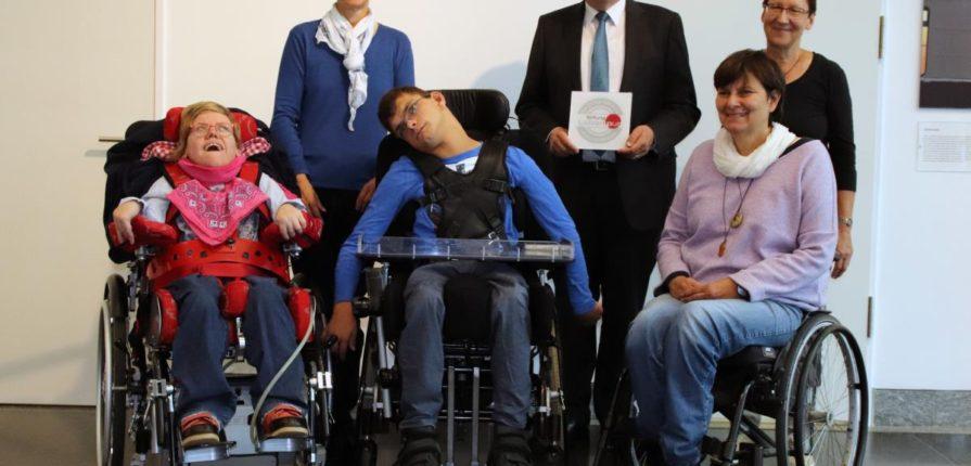 Pflegetoilette für behinderte Menschen im Hauptgebäude der VGH-Versicherung Hannover