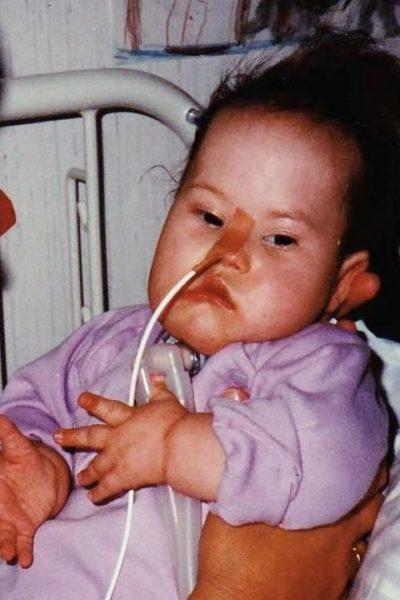 Ein schwer behindertes Kind zuhause pflegen - geht das?